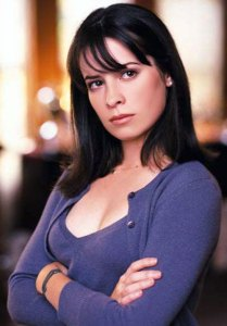 Piper-Halliwell-Charmed-Holly-Marie-Combs
